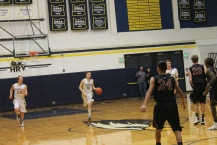 boysvarsitybasketballpicsonika-537